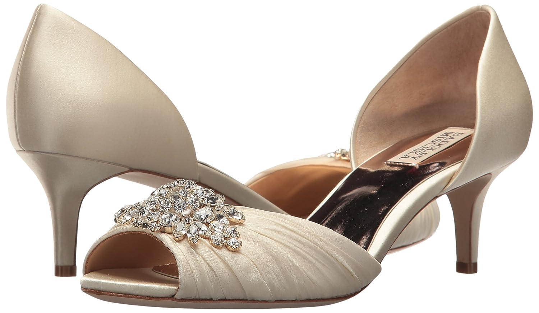 595438610e Amazon.com: Badgley Mischka Women's Sabine Pump: Shoes
