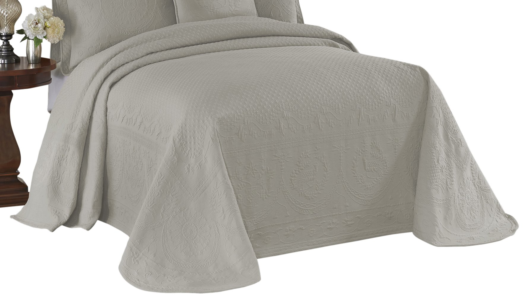 Historic Charleston 13989BEDDKNGGRE King Charles 120-Inch by 114-Inch Matelasse King Bedspread, Grey