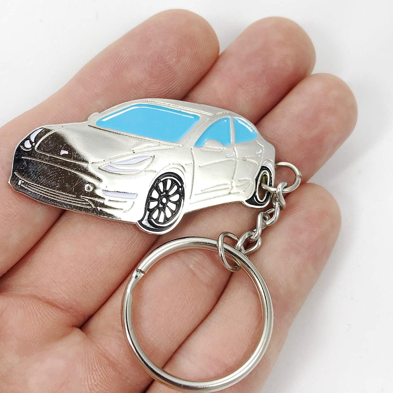 Amazon.com: Tesla - Llavero con 3 colgantes esmaltados para ...