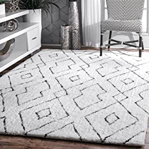 "nuLOOM Lauren Lattice Shag Rug, 7' 6"" x 9' 6"", White"