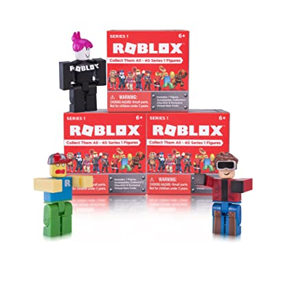 Amazon Com Roblox Series 1 Action Figure Mystery Box Toys Games - roblox toys on amazon