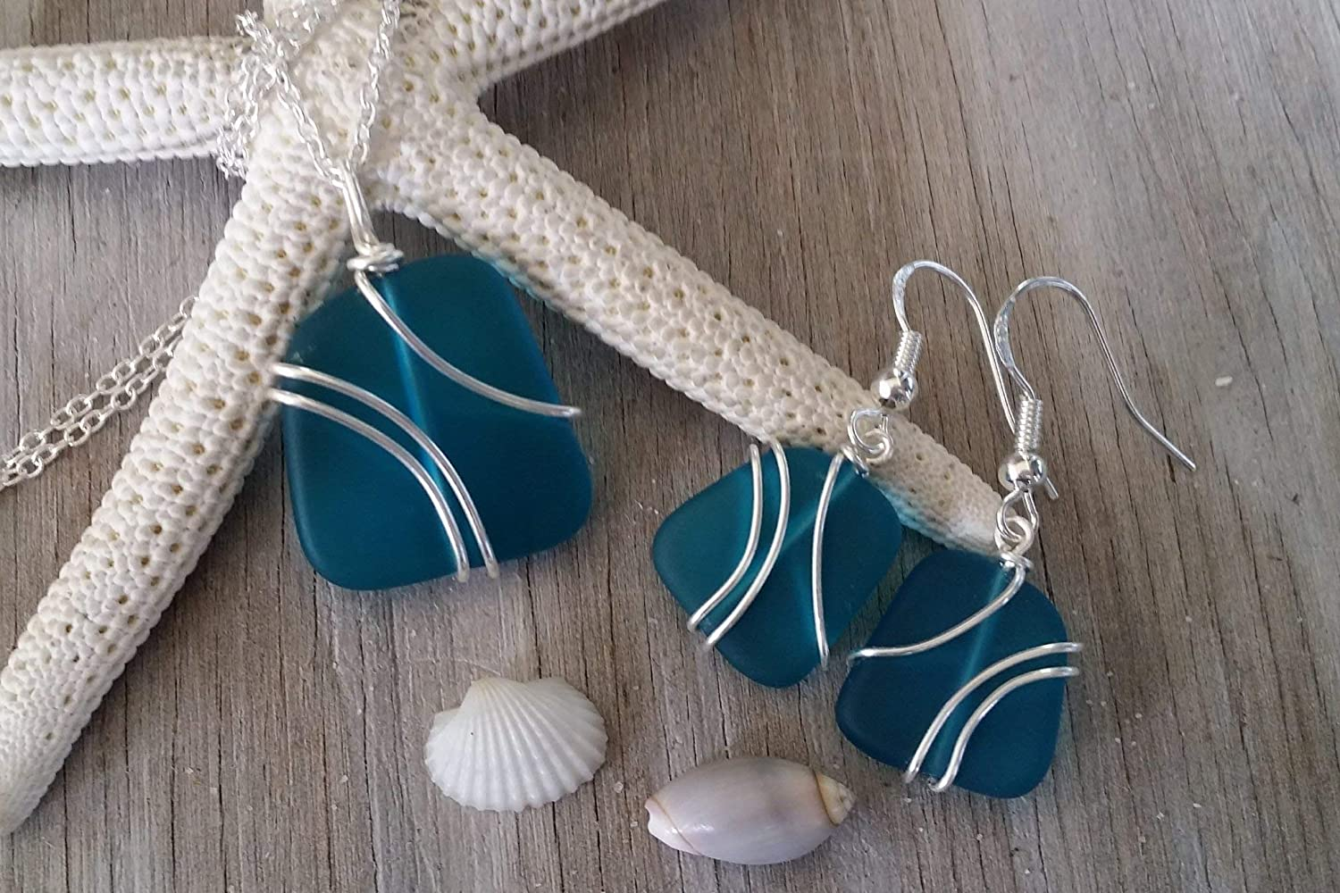 Hawaii Gift Wrapped, Customizable Gift Message Handmade jewelry from Hawaii wire wrapped teal blue sea glass Necklace+Earrings Set,