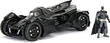 Jada DC Comics Batman 2015 Arkham Knight Batmobile & Batman Metals Die-cast collectible toy vehicle with figure