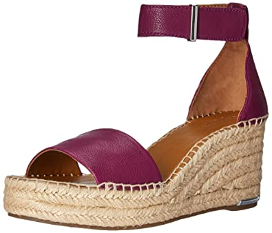 1b5329506313 Amazon.com  Franco Sarto Women s Clemens Espadrille Wedge Sandal  Shoes
