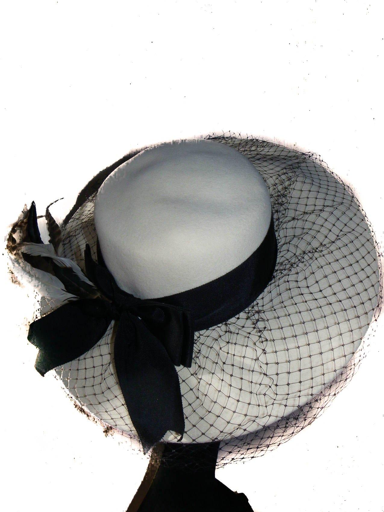 Wide Brim Winter White Wool Felt Hat, 1940's Elegance and Flair