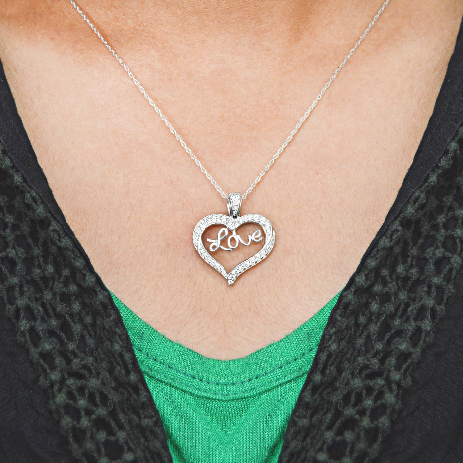 925 Sterling Silver Womens Round CZ Cubic Zirconia Simulated Diamond Love Heart Fashion Charm Pendant Necklace Jewelry Gifts for Women