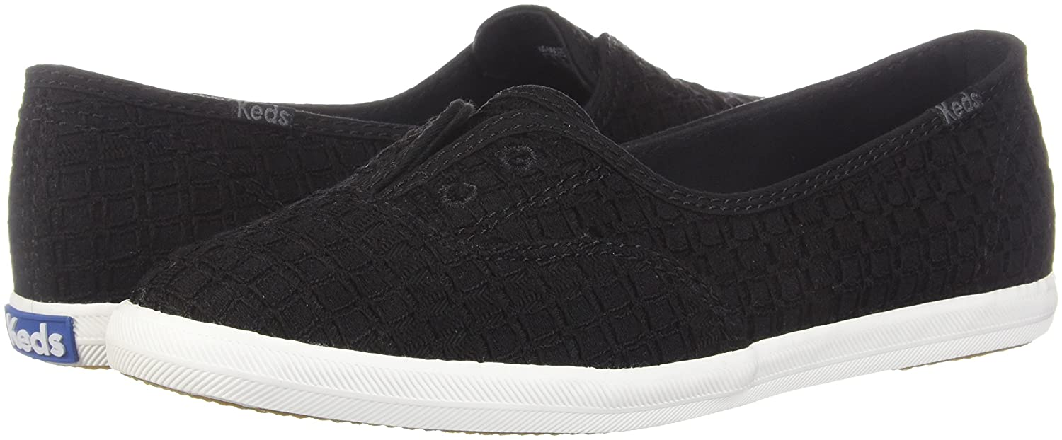 7e04b9035c1 Keds Women s Chillax Mini Geo Eyelet Sneakers  Amazon.ca  Shoes   Handbags