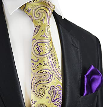 893677bccda8 Amazon.com: Gold and Indigo Paisley 7-fold Silk Tie and Pocket Square:  Clothing