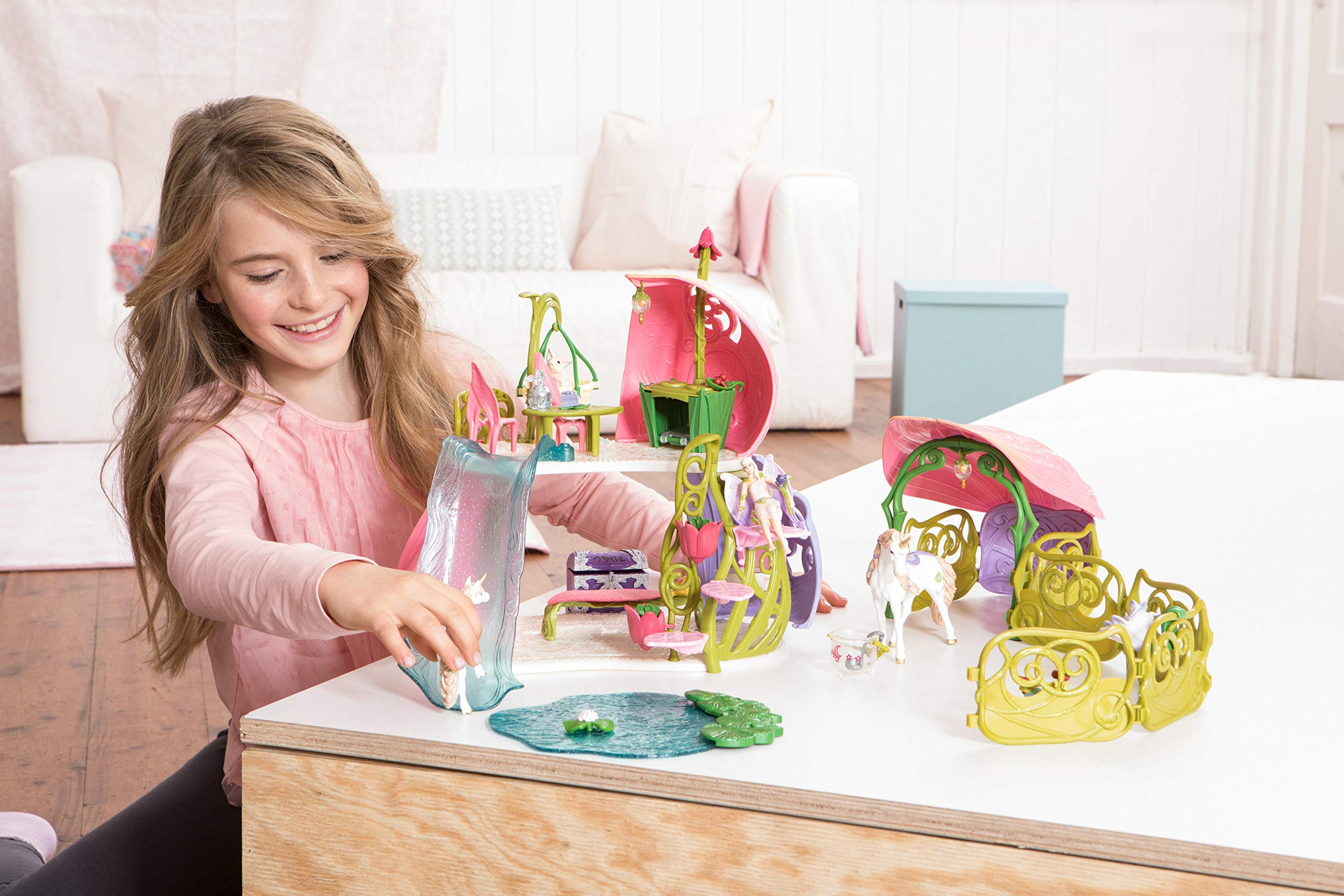 Schleich Glittering Flower House with Unicorns, Lake and Stable, Multicolor by Schleich (Image #3)