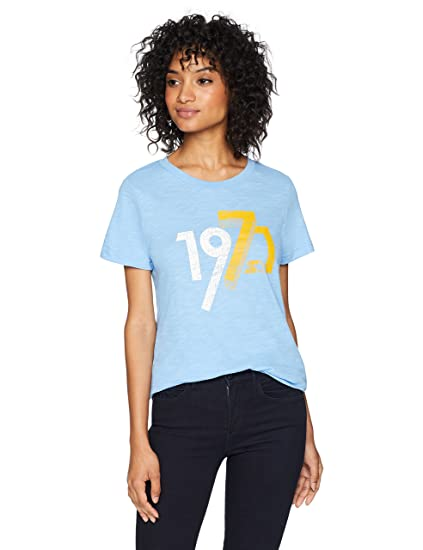 02bf8ff2a956 Amazon.com: Starter Women's Short Sleeve Distressed 1971 Logo T-Shirt,  Amazon Exclusive: Clothing