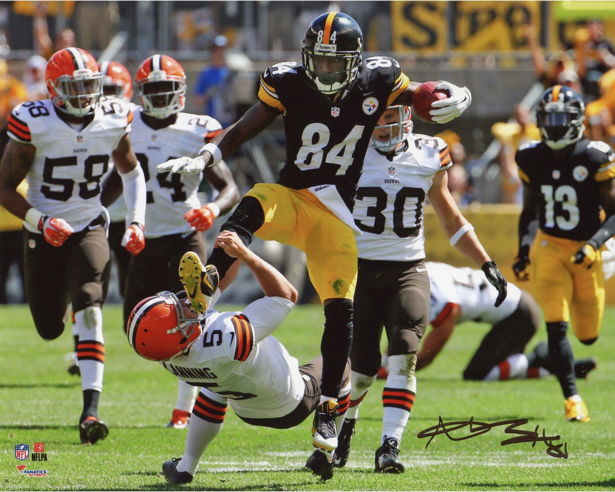 """Antonio Brown Pittsburgh Steelers Autographed 8"""" x 10"""" Kick in the Face Photograph Fanatics Authentic Certified"""
