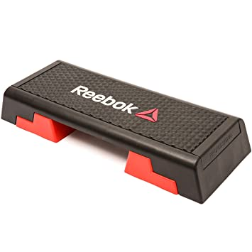 e23d809f949d4 Reebok Step Steppbrett Schwarz Rot 102 x 38.5 x 25  Amazon.de  Sport ...