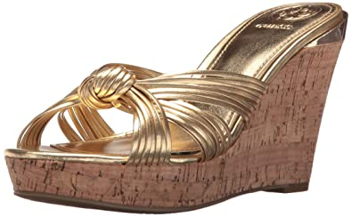 a79288ae36 Amazon.com | GUESS Women's BABSI Wedge Sandal | Platforms & Wedges