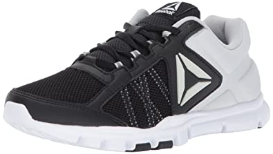 33a5410ec90 Reebok Women s Yourflex Trainette 9.0 MT Cross-Trainer Shoe  Reebok ...