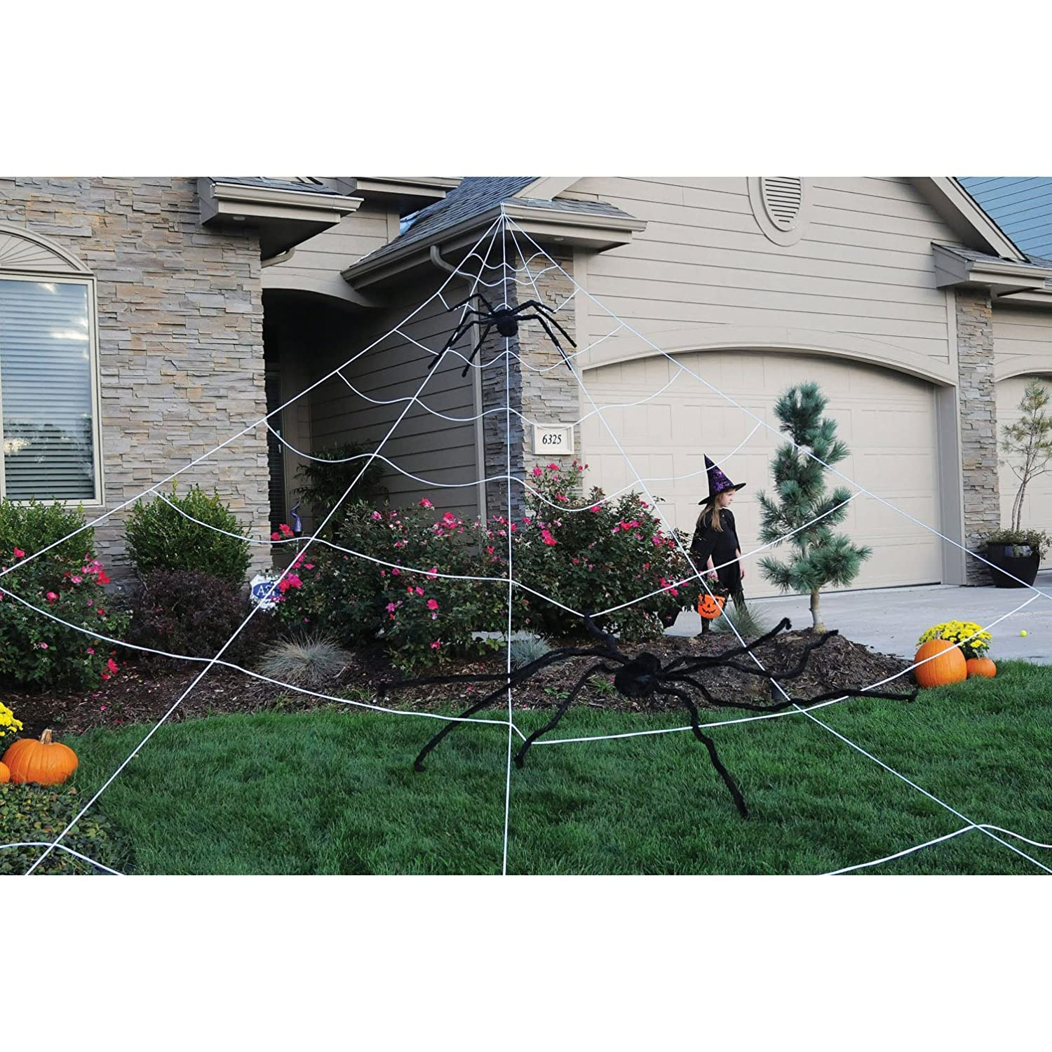 amazoncom mega spider web outdoor halloween decoration terrify your neighbors by funworld toys games - Giant Spider Halloween Decoration