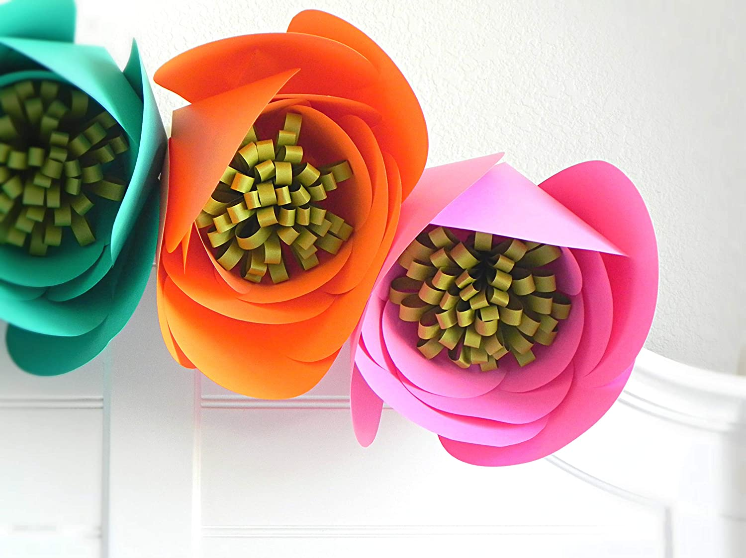 Colorful Giant Paper Flowers by A F/ête Beckons//Large Paper Flowers Decorations for Girl Nursery Giant Paper Flower Backdrop 3D Paper Wall Flowers Photography Prop 100/% Handmade Set of 4 12 Blooms