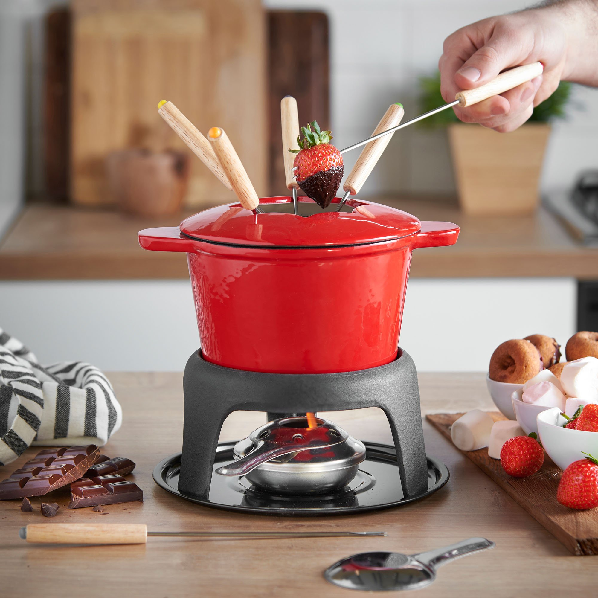 VonShef Fondue Set with 6 Fondue Forks, Stylish Cast Iron Porcelain Enamel Fondue Pot Makes All Styles of Fondue Such as Cheese and Chocolate, 1.6 QT Capacity, Red, 12pc Set by VonShef (Image #2)