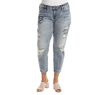 8435ef7ee61 Amazon.com  Silver Jeans Co. Women s Plus Size Elyse Slim Crop Jeans with  Script Embroidery  Clothing