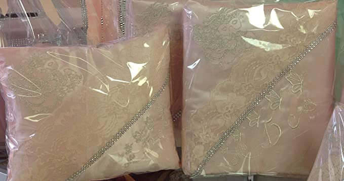 Amazon.com : Quinceanera pillow set, includes dolls Set de cojines de Quinceañera incluye la muñeca : Everything Else