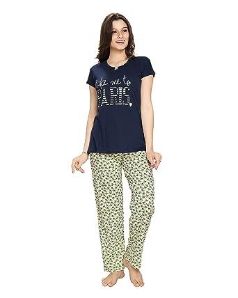 c794de20d6 AV2 Women Cotton Printed Top   Pyjama Nightwear Set  Amazon.in  Clothing    Accessories