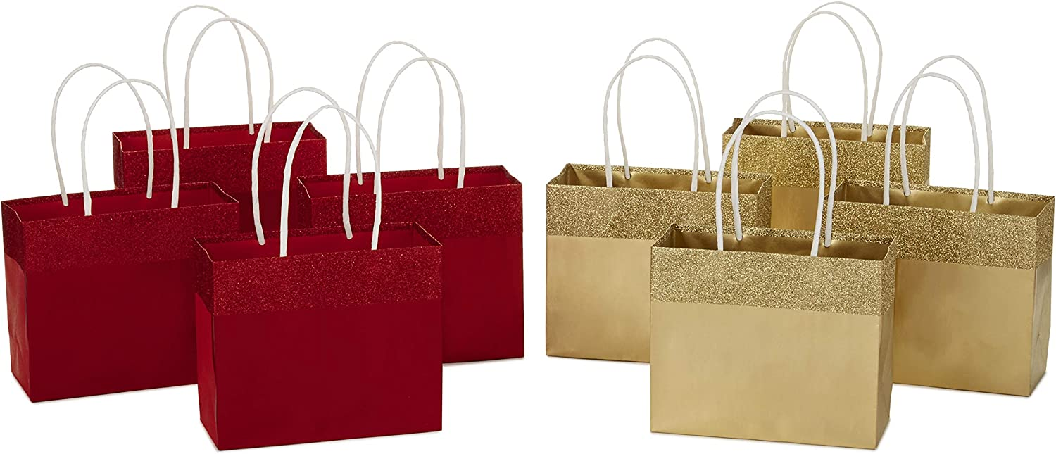 Amazon Com Hallmark 5 Small Christmas Gift Bags Assortment Red And Gold Foil Pack Of 8 Holiday Paper Bags For Wrapping Gifts For Teachers Neighbors Coworkers And More Kitchen Dining