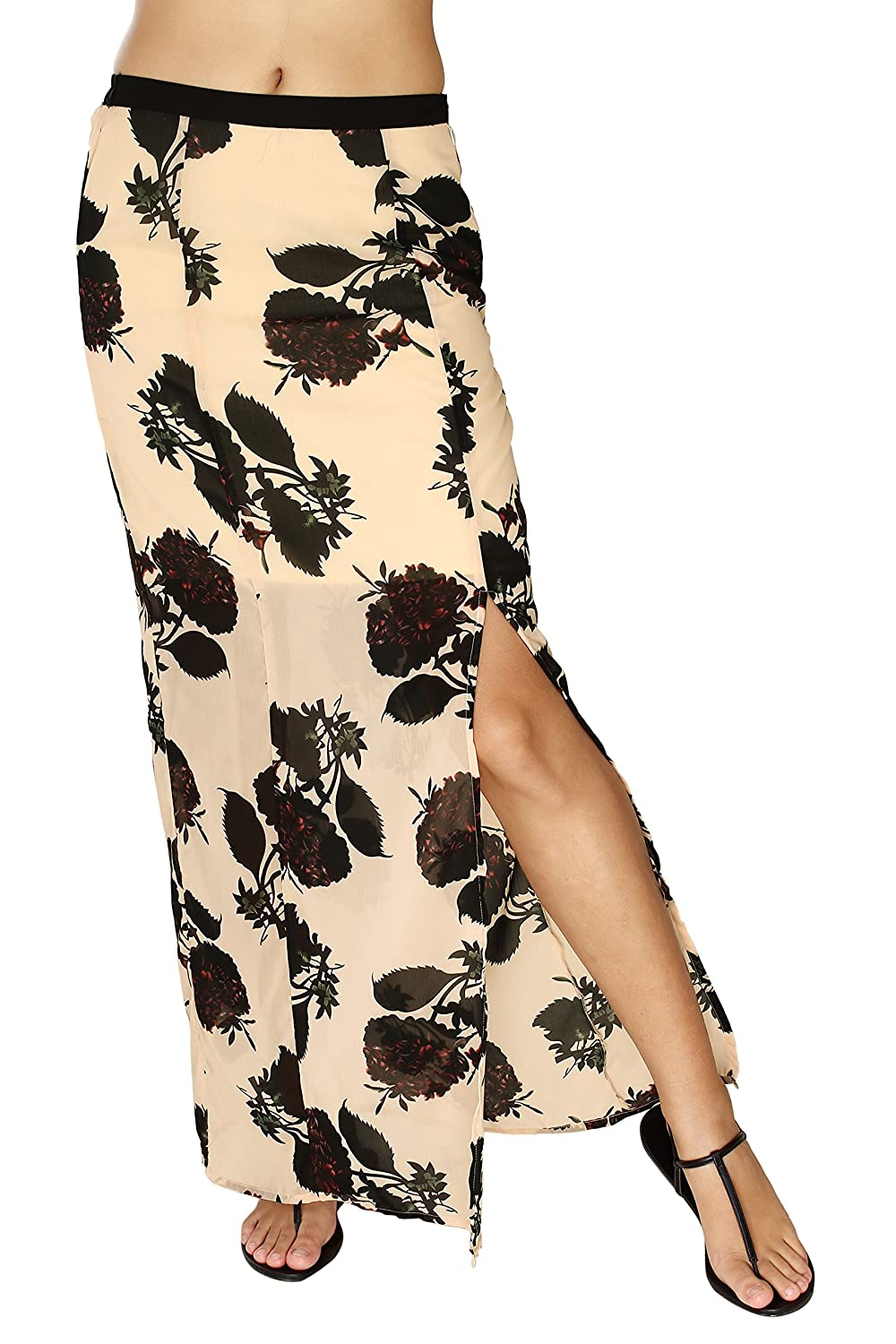f4ab96f835 Design: Peach floral printed maxi skirt with short lining inside. Zipper on  the left side and elastic on the back waist for fastening and ease. Slit on  the ...