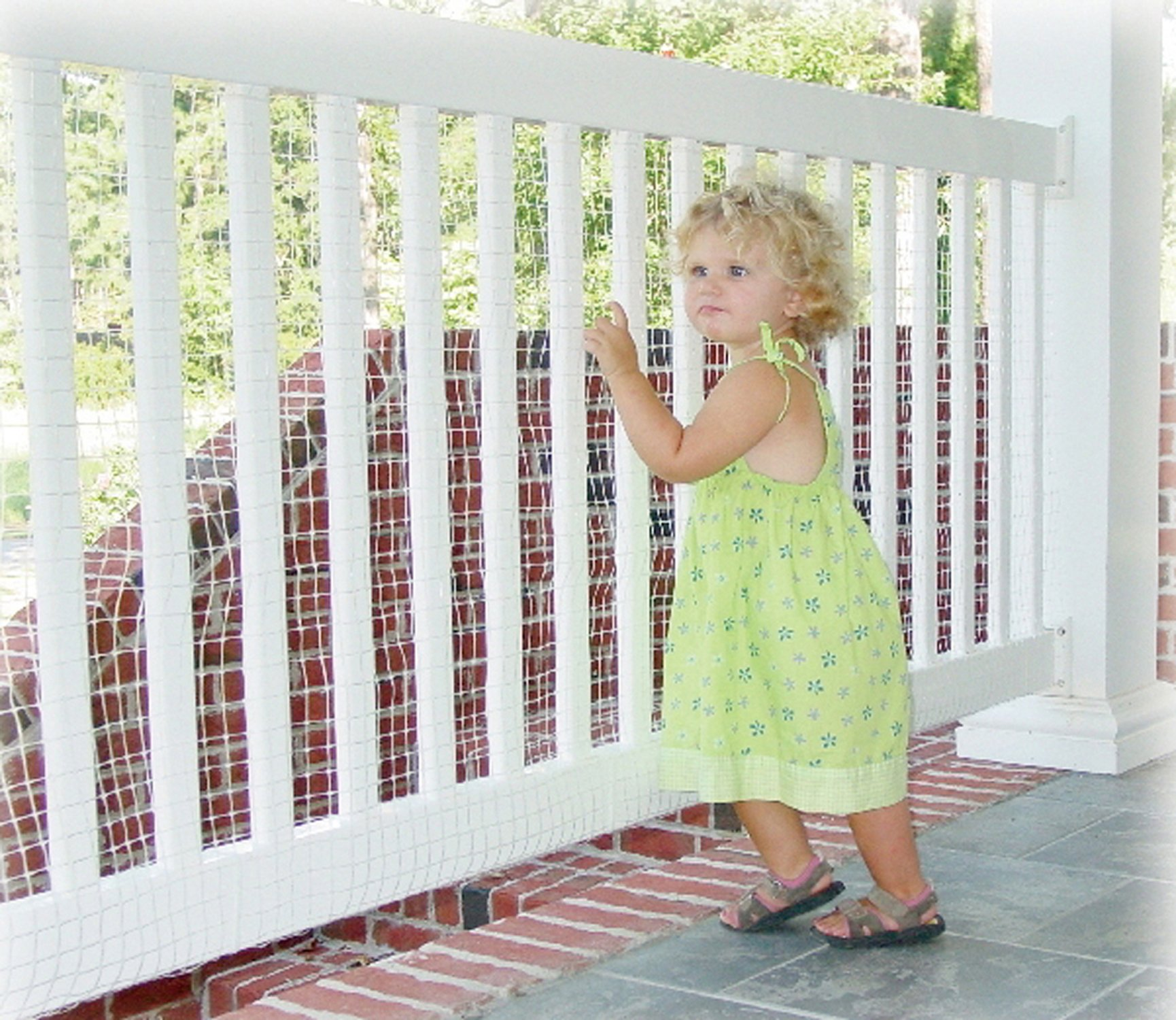 Kidkusion Inc. Deck Guard 10' L x 33'' H Outdoor Balcony and Stairway Deck Rail Safety Net, Clear