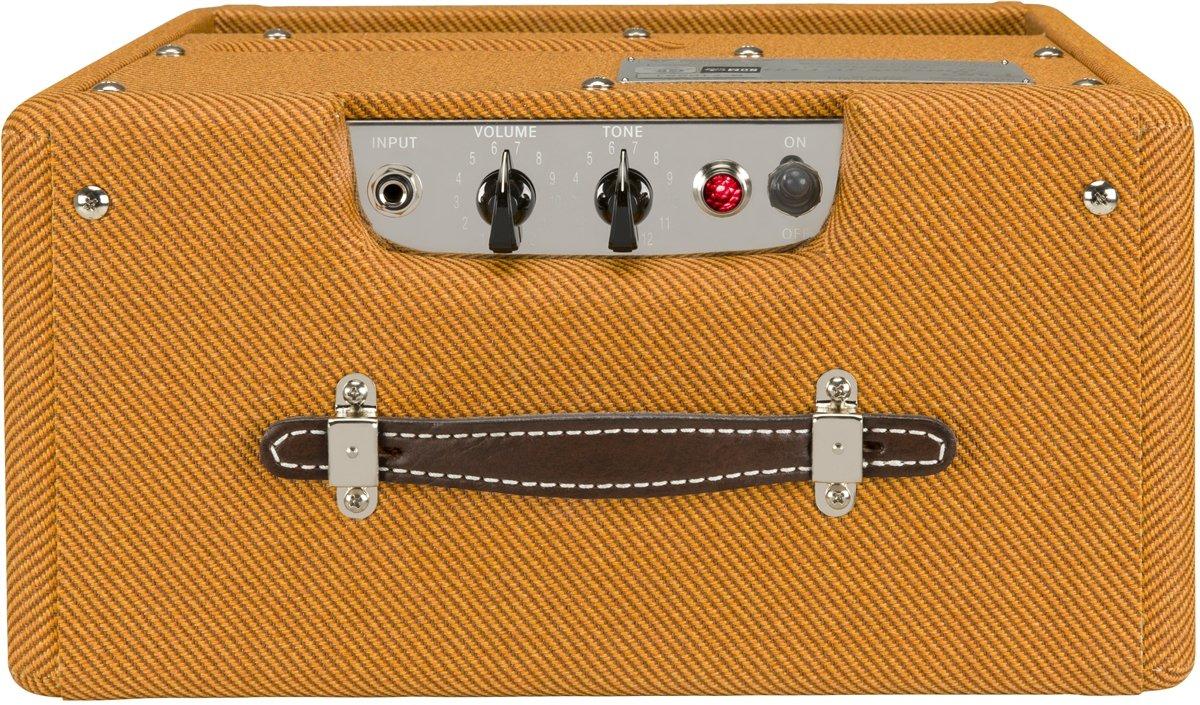Fender Pro Junior IV 15 Watt Electric Guitar Amplifier by Fender (Image #4)