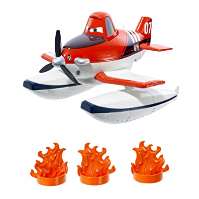 Disney Planes: Fire & Rescue Scoop & Spray Firefighter Dusty: Toys & Games