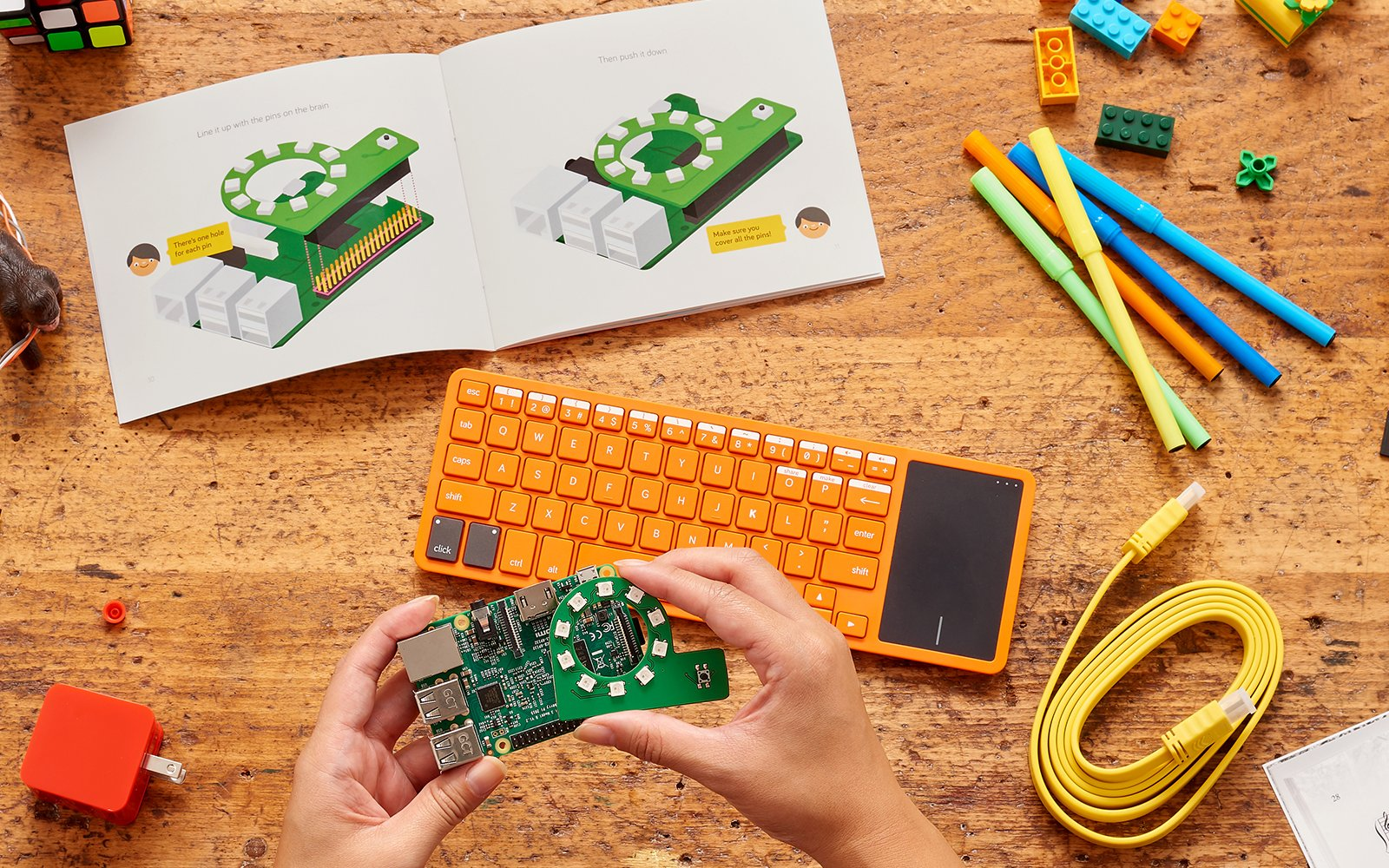 'Kano Computer Kit 2017 – Make a computer, learn to code by Kano (Image #4)
