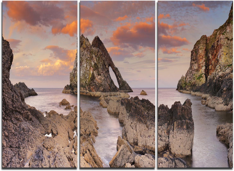 Amazon Com Designart Bow Fiddle Rock Scotland Extra Large Seashore Canvas Art 36x28in Multipanel 3 Piece 36x28 3 Panels Red Posters Prints