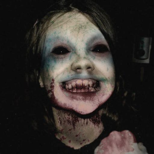 Creepy Evil Granny : Scary Horror -