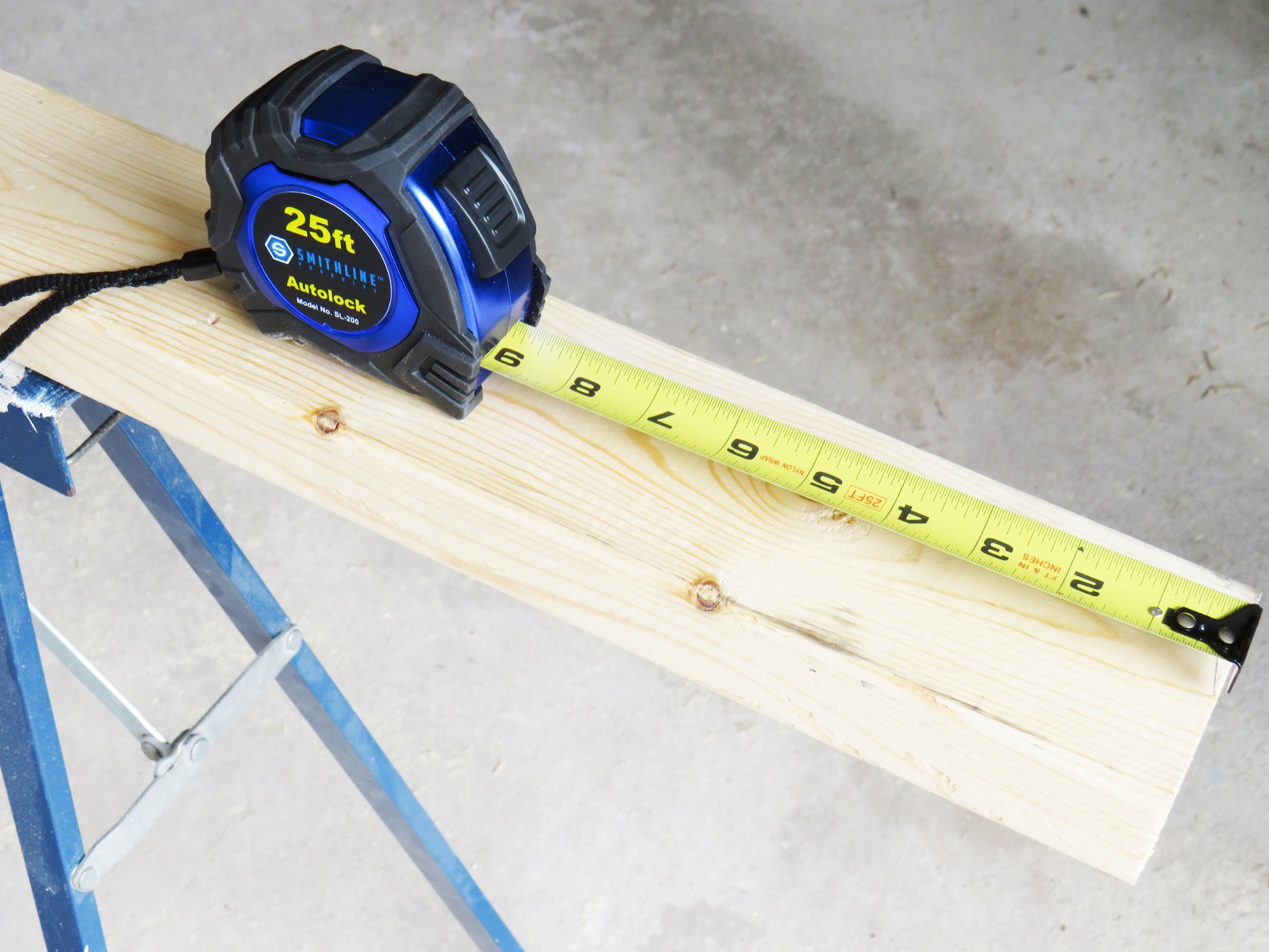 Smithline SL-200 Professional Grade Auto-lock Tape Measure by Smithline Products (Image #3)