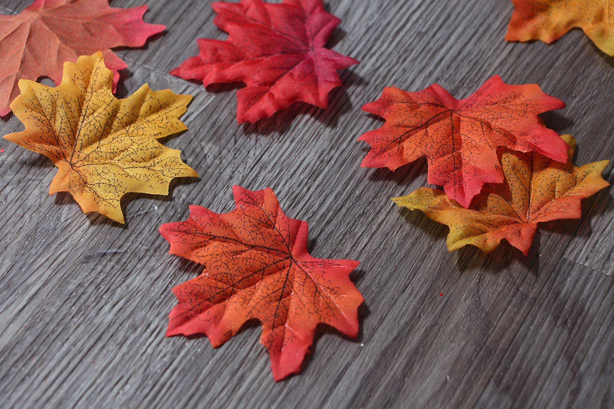 AmyHomie-300-Artificial-Maple-Leaves-in-a-Mixture-Colors-Autumn-Table-Scatters-for-Fall-Weddings-Autumn-Parties-6