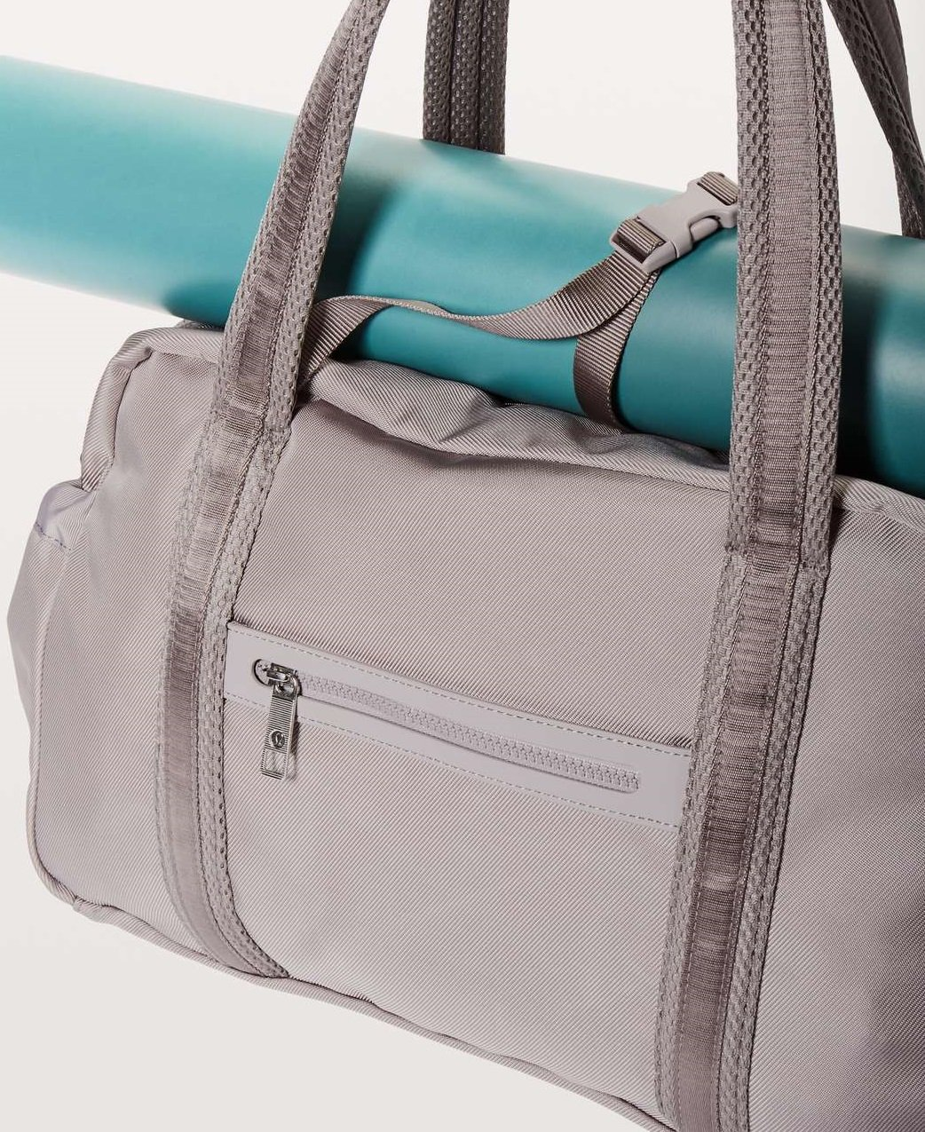 Lululemon Everywhere Duffel Bag (Dark Chrome)