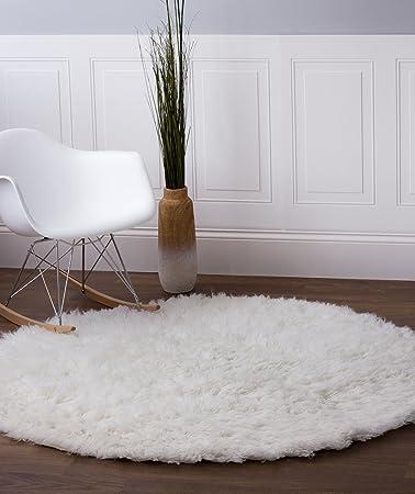 Exceptional Amazon.com: Hand Woven Soft Wool Flokati Shag Rug 5 Feet Round (5u0027 Round) ,  White: Kitchen U0026 Dining