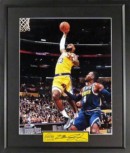 "4dd64b6f3e103 LA Lakers LeBron James ""IT S SHOWTiME!"" 16x20 Photograph (SGA Color  Signature Engraved"