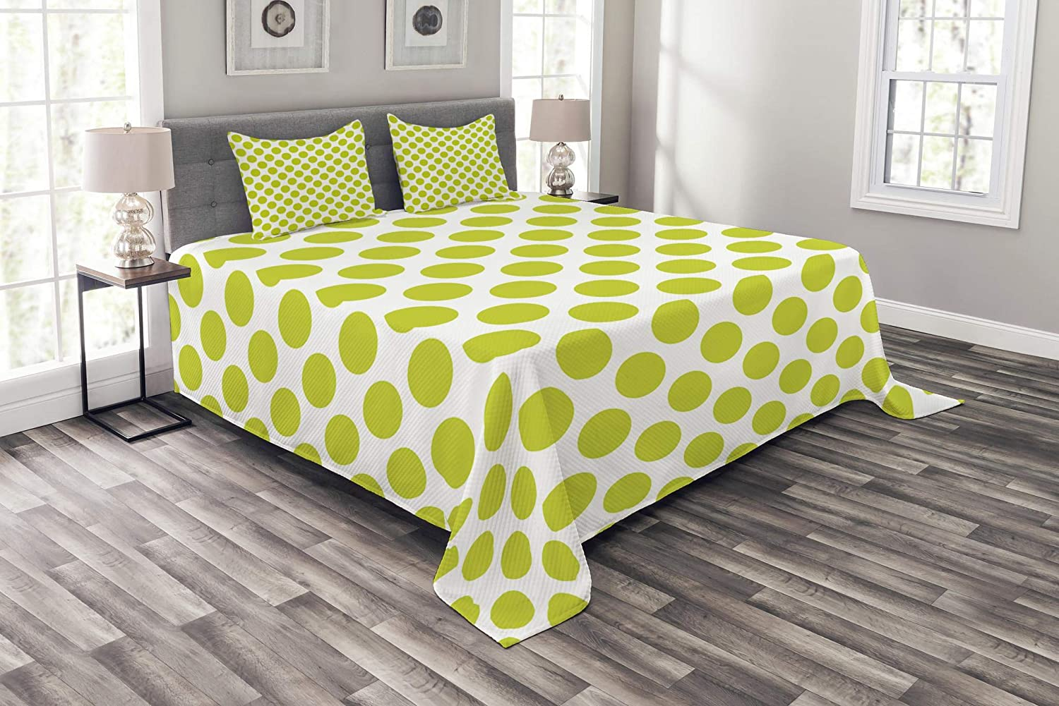 Ambesonne Lime Green Bedspread, Nostalgic Polka Dots Style Large Circles Girlish Vintage Rounds Pattern, Decorative Quilted 3 Piece Coverlet Set with 2 Pillow Shams, Queen Size, Apple Green