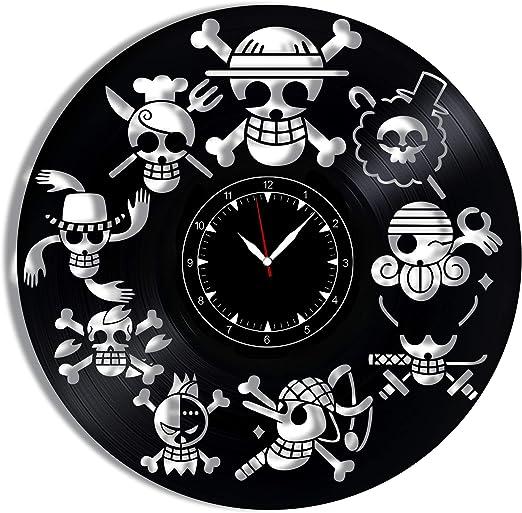 Amazon Com One Piece Jolly Roger Vinyl Record Clock 12 Wall Clock One Piece Jolly Roger Best Gift For One Piece Jolly Roger Lovers Original Wall Home Decoration Kitchen Dining