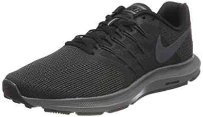 3022ce1c57b Nike Men s Run Swift Shoe