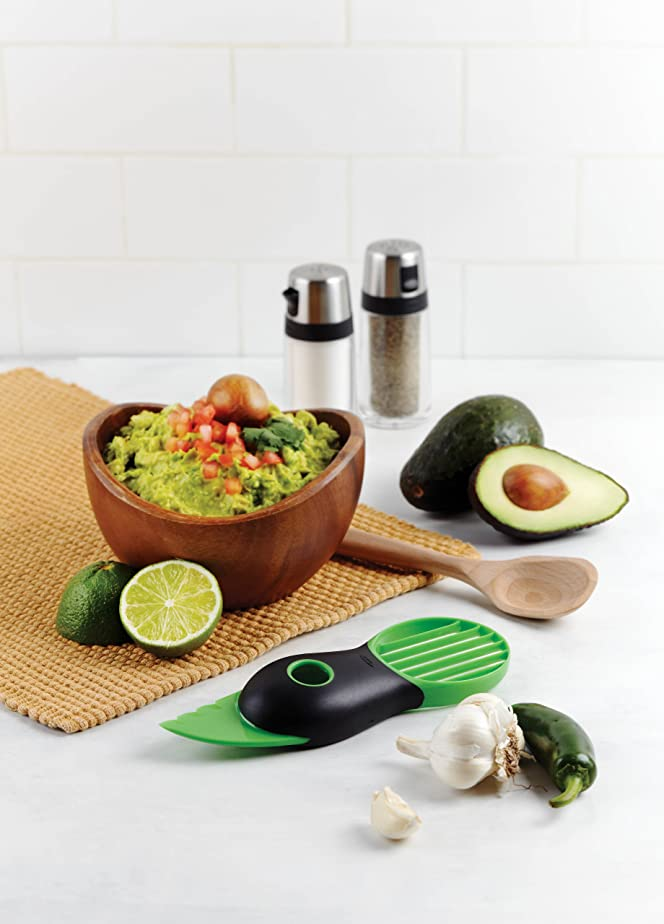 OXO Good Grips 3-in-1 Avocado Slicer, Green: Amazon.ca: Home & Kitchen