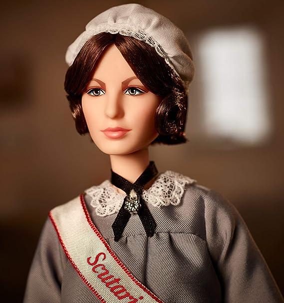 Amazon.es: Barbie Collector, Mujeres que inspiran, muñeca Florence Nightingale (Mattel GHT87): Juguetes y juegos