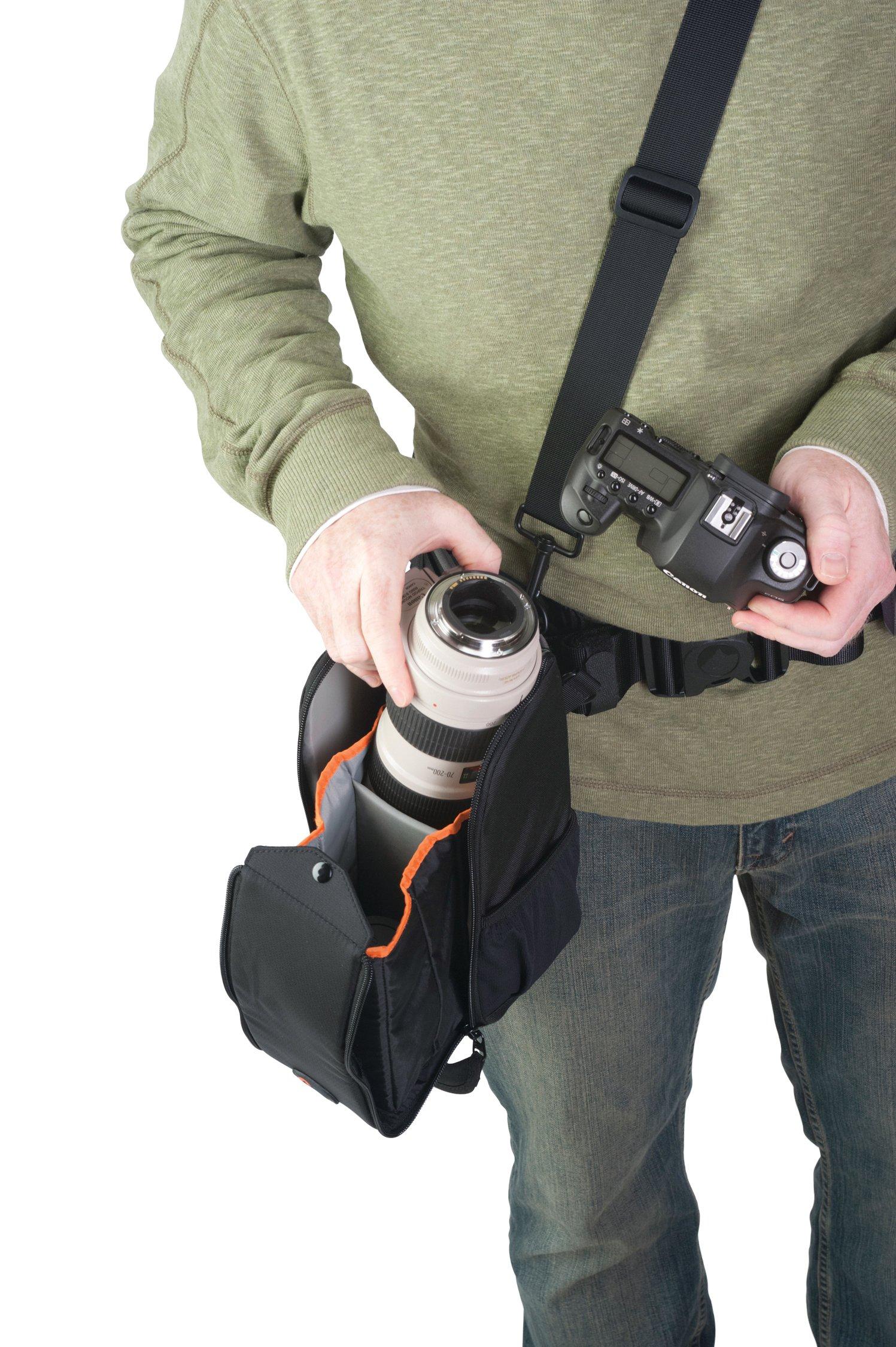 Lowepro S&F Lens Exchange 200 AW by Lowepro