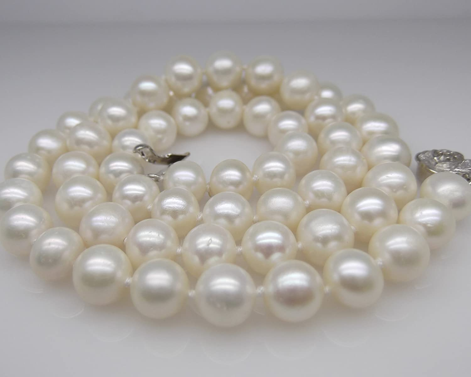 """18/"""" Inch Genuine ROUND 9-10mm White Pearl Necklace Cultured Freshwater"""