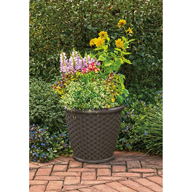 Suncast Sonora Resin Wicker Flower Planter Pot