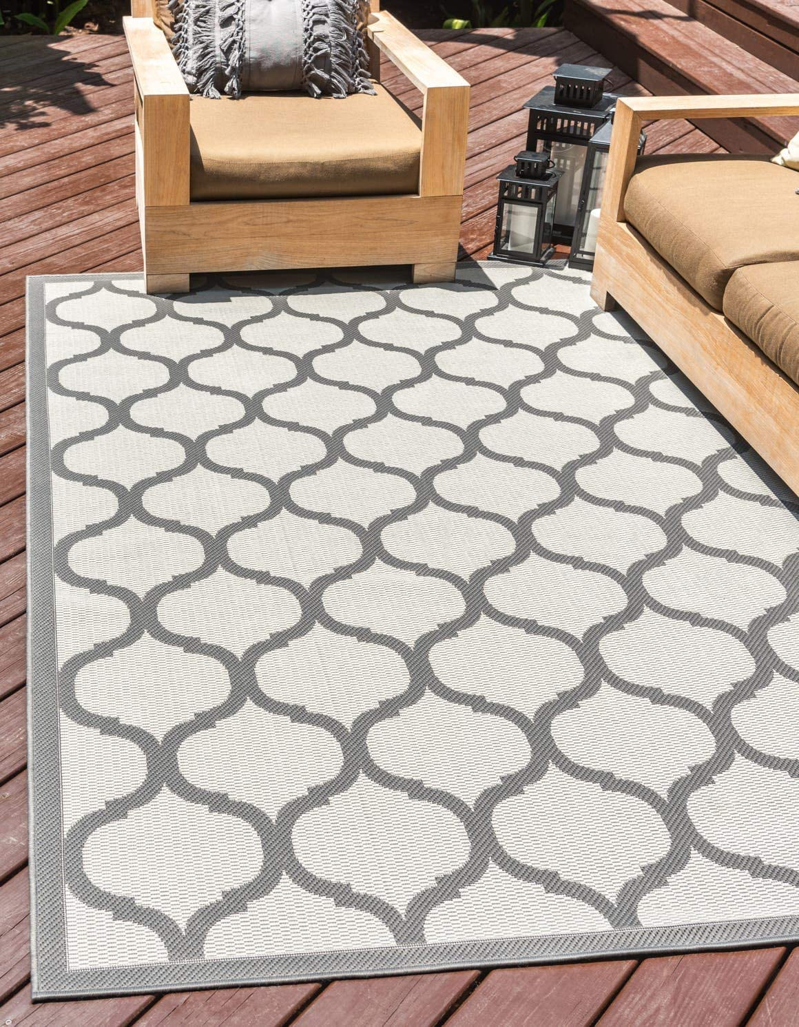 Unique Loom Outdoor Trellis Collection Lattice Border Transitional Indoor and Outdoor Flatweave Gray Charcoal Area Rug 2 2 x 3 0