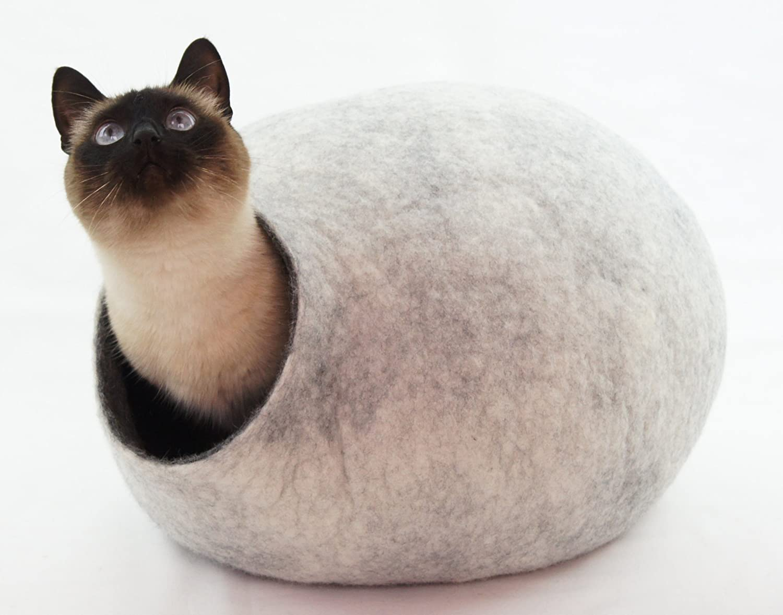 Cama de gata, casa, cueva. Hecho a mano. Lana de oveja natural y ecológico. Color Gris Nieve. Talla L (grande) (cat house): Amazon.es: Productos para ...