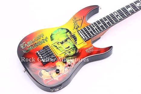 RGM126 Metallica Kirk Hammett Mummy Mini Guitarra Guitarra Roca Guitarra Miniaturas Metallica James Hatfield Lars Ulrich