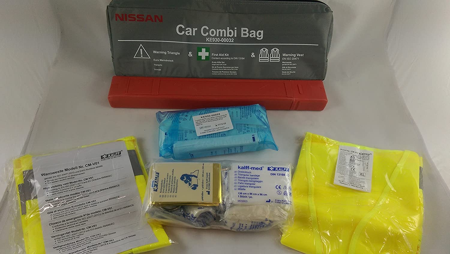 Travel Kit - Combi Bag Black First Aid According to DIN 13164 and Warning Triangle and Hi-Viz vest EN ISO 20471 Nissan