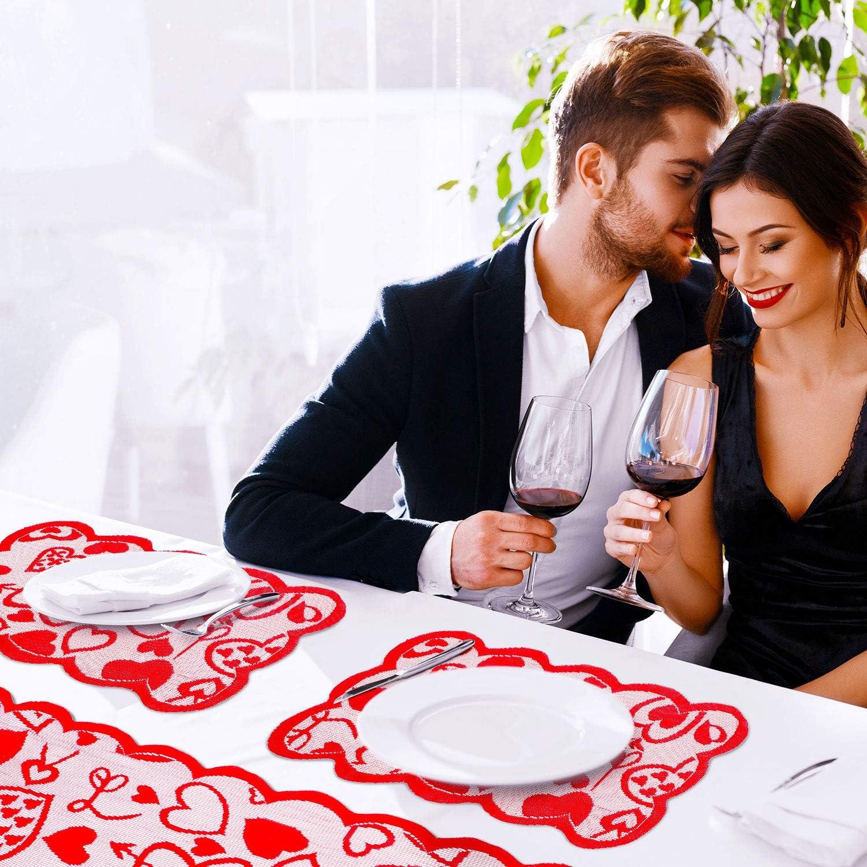 Boao Saint Valentin Chemin de Table Napperons Chemin de Table en Dentelle Coeur Rouge Napperons Topper /Écharpe de Commode de Nappe 14 x 72 Pouces pour la Saint Valentin Mariage F/ête des M/ères